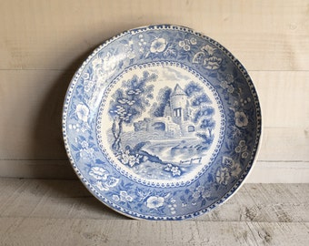 VINTAGE BLUE & WHITE dish, transfer printed blue and white pottery
