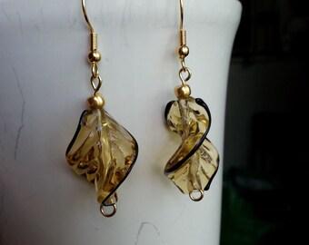 Swirl leaf earrings