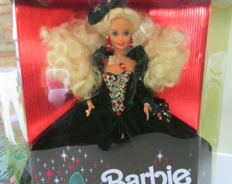 1991 Holiday Barbie, Barbies, Happy Holiday Barbies, NRFB Toys, Vintage toys,Christmas Barbies,Mattel collectible toys,  Collectible barbies