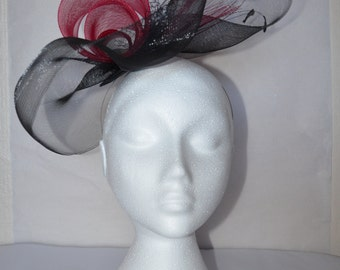 Black and wine red fascinator. Hand made.