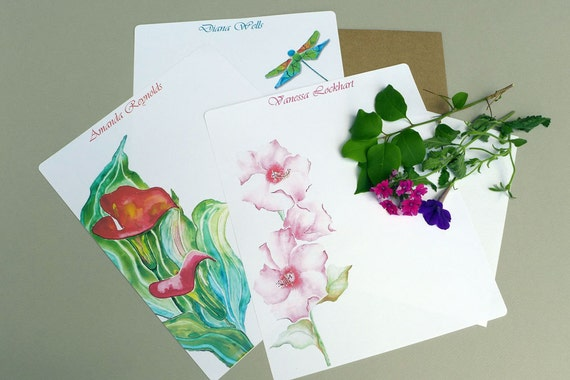 Custom paper writing and envelope sets