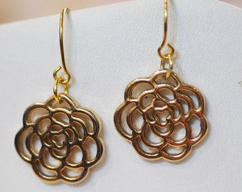 Flower earrings, delicate gold earrings, dangly flower earrings,modern earrings,dressy handmade, drop earrings, gold plated flower