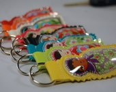Keychain -  Pretty Russian Dolls (Matryoshka) vinyl keychain (Choose your color and doll)