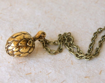 Artichoke Necklace - Vintage Gold Artichoke Necklace - FREE GIFT WRAP