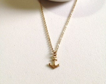Tiny Anchor Layering Necklace