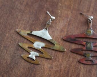 Copper Artisan Earrings / Pierced / Dangle / UFO Wave