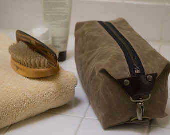 Personalized Dopp Kit, Men's Toiletry Bag, Gift for Men, Men's Travel Bag with Inside Pocket - Water Resistant Lining, Waxed Canvas - Tan