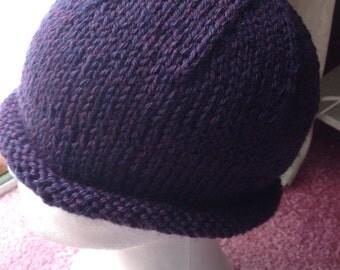 Plum Heather Roll Brim Hat, Hand knit, New!