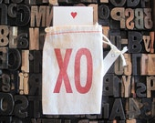 "XO Kiss Hug Letter Press Bag with mini card • Love/Valentines • Cotton Blend Bag • Size3"" x 5"" • Red Ink• Ink Petals"
