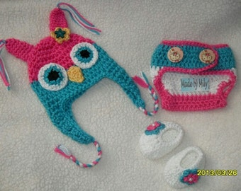 Crocheted Baby OWL set: Earflap, booties and diaper cover