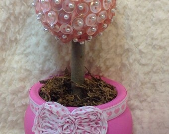 Pink Button Easter Egg Topiary