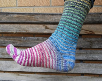 Twister Extreme Gradient Stripes Matching Socks Set, 2-50g Cakes, Lavish (dyed to order)