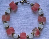 Cherry quartz and crackle glass chunky beaded bracelet