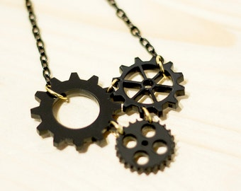 Steampunk Gear Necklace,Engineering Necklace,Geek Necklace,Mechanical Engineer Gift Idea,Steampunk Jewelry,Gear Jewelry