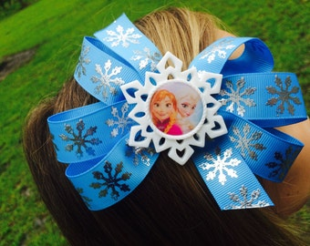 Frozen Hair Bow - Elsa and Anna Snowflake Design ... Perfect for party favors