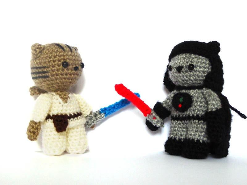 Amigurumi Sushi Pattern Free : Jedi & Sith Cat Amigurumi Patterns Star Wars Crochet