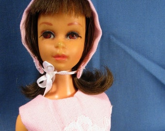 Francie Clothes - Pink Dress with White Lace Trim, Stockings and Bonnet