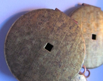 Vintage Brass Lockets (1) Brass Patina Locket