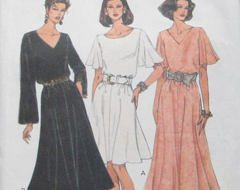 Vogue Easy Options Dress Pattern 8957