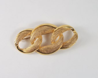 Napier Gold Tone Circle Brooch Vintage 70s 80s Jewelry