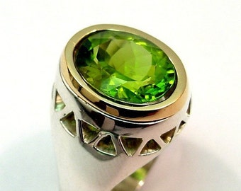 STUNNING Peridot 6.05 Carat 13 x 10mm in a sterling silver ring with 18K yellow gold bezel 035 MMM