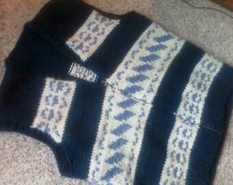 HANDKNIT SWEATER VEST, vintage mens knit top, metal zipper, navy, ivory, winter wear, wool