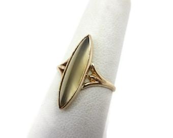 Victorian Agate Ring - 10k Gold Quartz Fancy Cut Stone