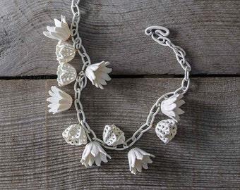 Antique Celluloid Flower Necklace,  1930s, 1940s, Art Deco Era , Vintage, Women's Fashion, Wedding Jewelry