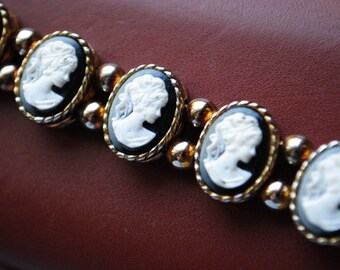 Victorian style vintage 60s  gold tone metal bracelet with a slider cameo links and balls between. Size 7 1/2
