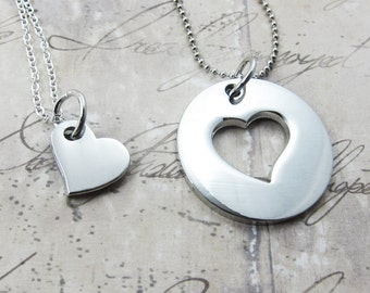 Heart in Circle Matching Couples Necklace - Set of 2 Couples Necklace (T5)