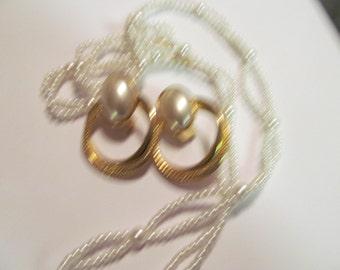 double pearl necklace plus