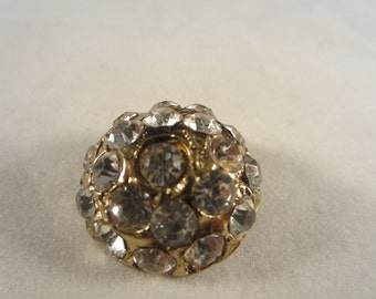 Vintage Button - 1 beautiful flower design rhinestone embellished, gold antique finish metal (lot nov 27)