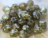 CREEK PEBBLES .. 25 Premium Picasso Czech Glass Beads 6mm (4186-st)