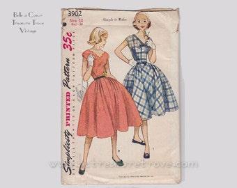 Vintage Dress Sewing Pattern 1950s Simplicity 3902 B 30 W 25 XXS