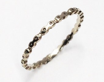 Bicycle Chain Ring Thin Silver