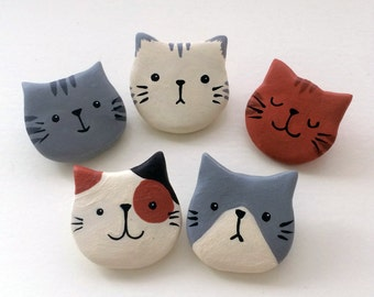 Cat Brooch (Choose one)