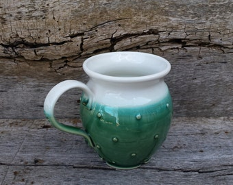 Mug with dots, white and green