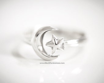 Sterling Silver Moon and Star Adjustable Ring - Solid 925 - Insurance Included