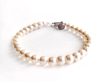 Classic Pearl Bracelet with 6mm Pearls - Sterling Silver or 14k Gold Filled - White or Ivory Pearls - Bridesmaid Gifts - Stacking Bracelet