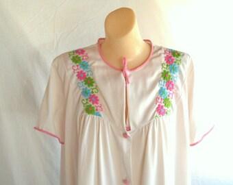 Vintage Nightgown Vintage Peignoir Set Robe and Nightgown Lingerie Nylon Nightie