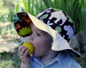 Baby sunhat with wide bri...
