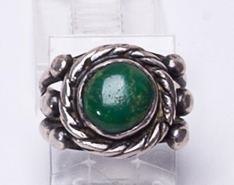 Early Navajo Turquoise Ring - 30s Native American Green Turquoise Sterling - sz 6