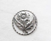 Very Sweet Sterling Silver Flower Circle Leaf Bouquet Pin Spring Floral