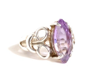 Silver and Purple Amethyst Ring, Size 6.5 - 7, Vintage