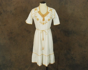 vintage 70s Tent Dress - 1970s Boho Crochet and Embroidered Cotton Dress - 70s Ethnic Hippie Dress Sz M