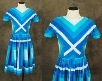 vintage 50s Dress - 1950s Blue Ombre Square Stripe Dress Sz S