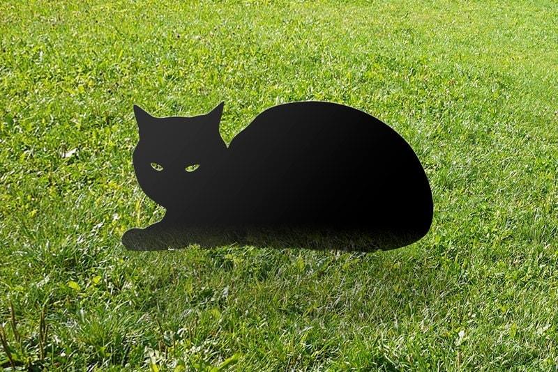 Cat garden yard art sphinx outdoor ornament from metal for Cat yard art