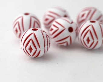 Vintage Red White Etched Carved Lucite Round Beads 18mm (8)