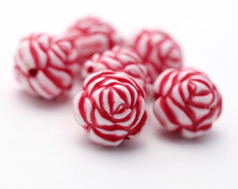 Large Red White Acrylic Round Rose Flower Chunky Beads Large 20mm (4)
