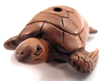 Sea Turtle Hand-Carved Boxwood Ojime Bead